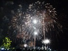 Milhares se concentram na orla de Maceió para celebrar chegada de 2016