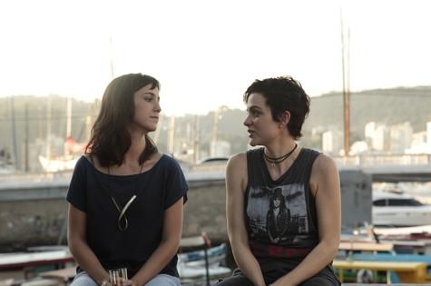 Camila Márdila e Maria Eduarda de Carvalho (Foto: Arturo Aguilar)