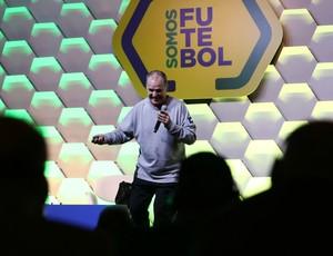 Marcelo Bielsa no seminário Somos Futebol na CBF
