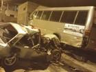 Acidente de carro deixa quatro jovens feridos em Oliveira
