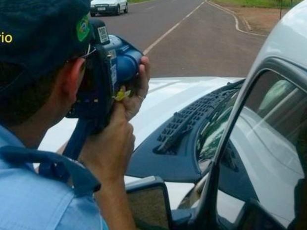 Policiais vão intensificar a fiscalização nas rodovias de MS (Foto: PMR/Divulgação)