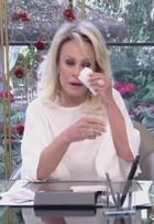 Ana Maria Braga vai às lágrimas no 'Mais você' e internautas comentam