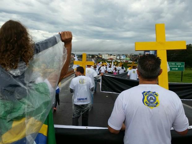 A mobilização contou com a participação de policiais do Paraná, Santa Catarina, Rio Grande do Sul e Mato Grosso do Sul (Foto: PRF / Divulgação)