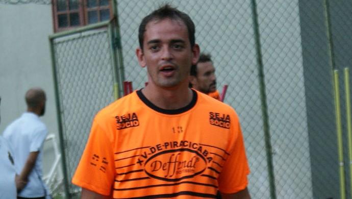 Wander Luiz Meia XV de Piracicaba Nhô Quim (Foto: Eduardo Castellari / XV de Piracicaba)