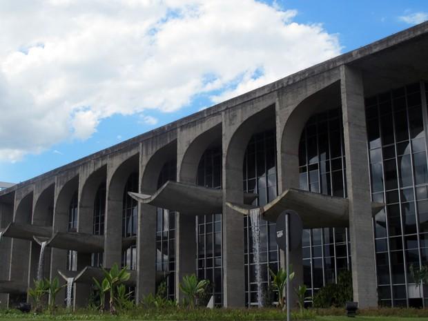 Prédio principal do Ministério da Justiça, na Esplanada dos Ministérios, em Brasília (Foto: G1)