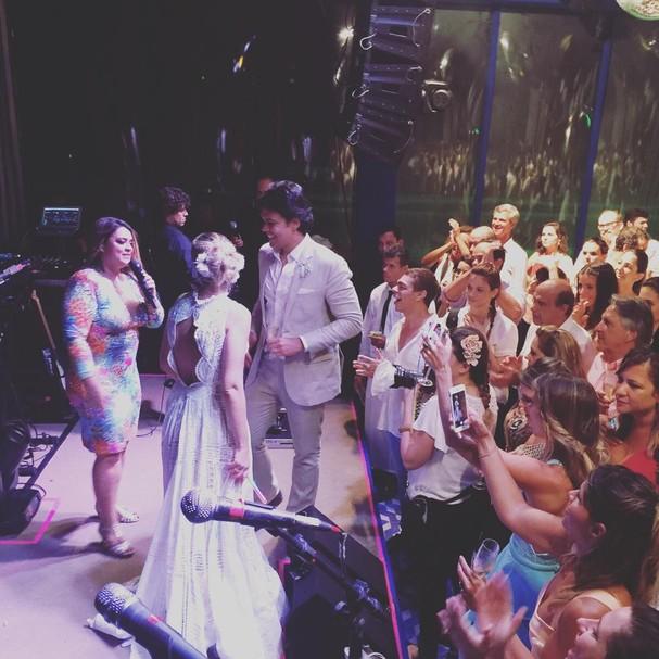 Que tal a Preta Gil pra animar a festa, hein? (Foto: Reprodução/Instagram)