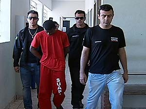 Crime aconteceu na sexta durante expediente de trabalho da vítima (Foto: Reprodução/TV Integração)