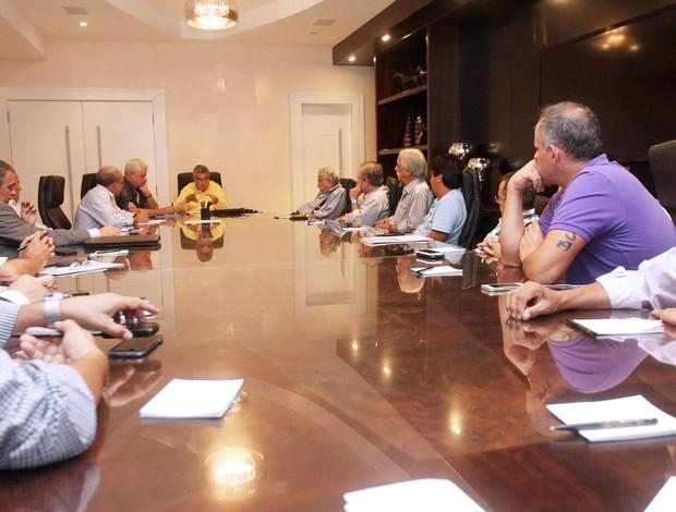 Reunião na Ferj