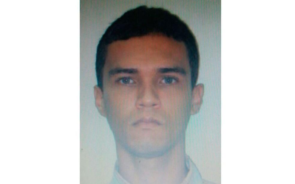 Segurança se entregou à polícia nesta quarta-feira e foi preso. (Foto:  Divulgação/Polícia Civil)