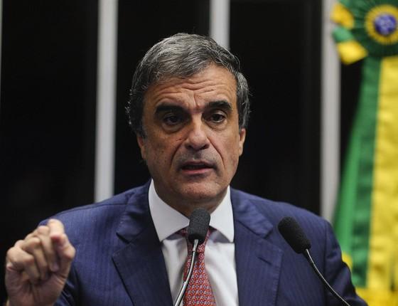 O advogado-geral da União, José Eduardo Cardozo, faz a defesa de Dilma no Senado (Foto: Marcos Oliveira/Agência Senado)