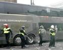 Ônibus do United é atacado com garrafas e jogo com West Ham atrasa