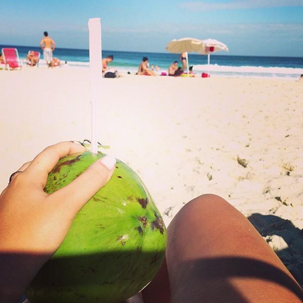 Rafaella Beckran, irmã de Neymar, na praia (Foto: Instagram / Reprodução)