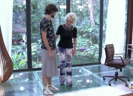 Ana Maria se surpreende com saia usada pelo ex-BBB Pedro: 'Parece a minha saia da escola'