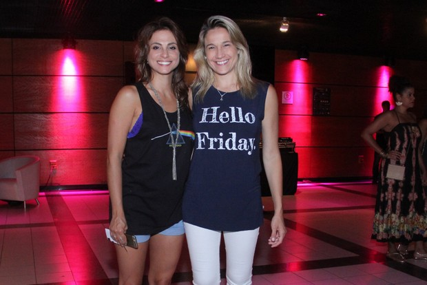 Fernanda Gentil e namorada (Foto: Wallace Barbosa/AgNews)