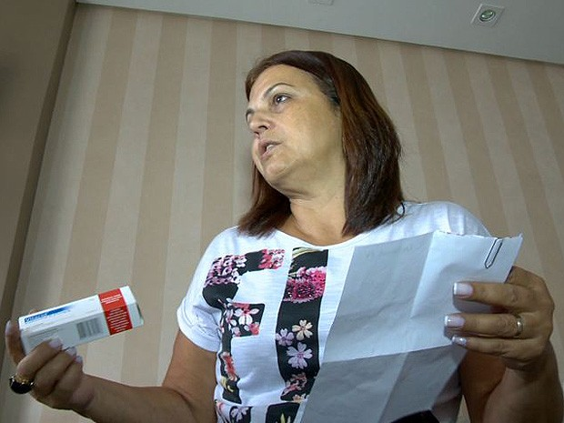 Sandra recebeu o medicamento trocado na farmácia (Foto: Reprodução/ TV Gazeta)