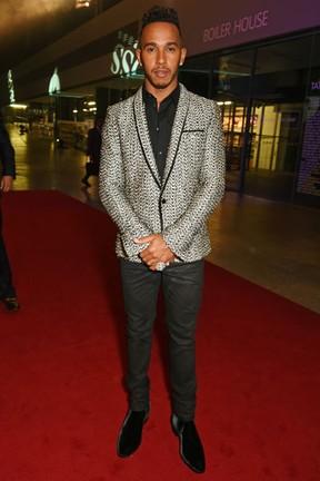 Lewis Hamilton em premiação em Londres, na Inglaterra (Foto: David M. Benett/ Getty Images)
