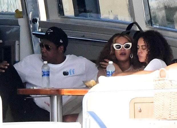 Beyoncé  e Jay Z (Foto: The Grosby Group)