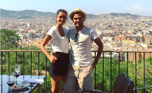 Daniel Alves e Joana Sanz em Turim (Foto: Reprodução / Instagram)