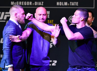 Conor McGregor Nate Diaz UFC 196 coletiva (Foto: Jason Silva)