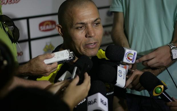 Ubiratan Vieira Melo, o Bira, preparador de goleiro do Criciúma (Foto: Fernando Ribeiro / Criciúma EC)