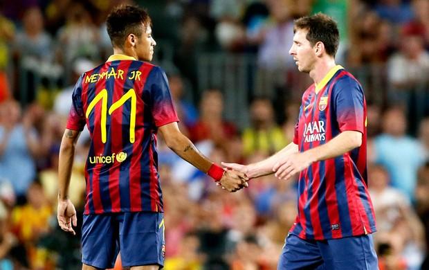 Messi e Neymar Barcelona e Santos (Foto: Agência AP)
