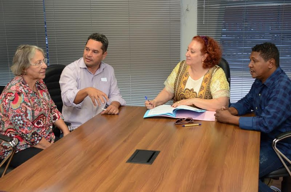 Vereadores formam Comissão Especial para investigar o CCZ (Foto: Assessoria de Comunicação Social/Câmara)