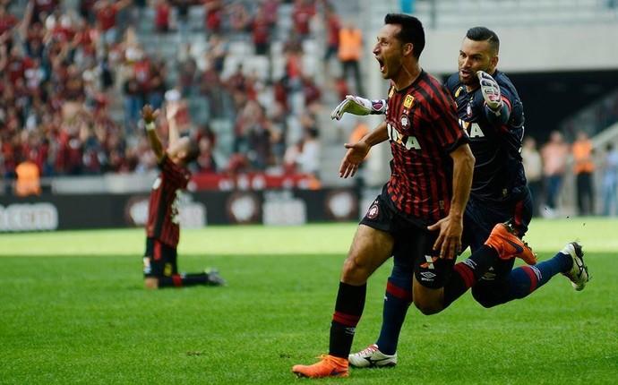 Atlético-PR Sport Vilches (Foto: Gustavo Oliveira/ Atlético-PR)