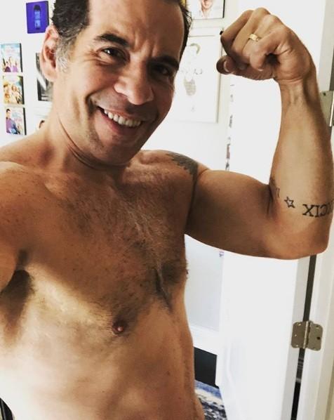 """Leandro, com menos 62 kg, postou no Instagram: """"O caminho é longo. Mas tem dado resultado"""" (Foto: Reprodução/ Instagram)"""