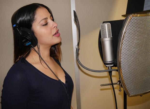 Gyselle Soares grava CD (Foto: Divulgação)