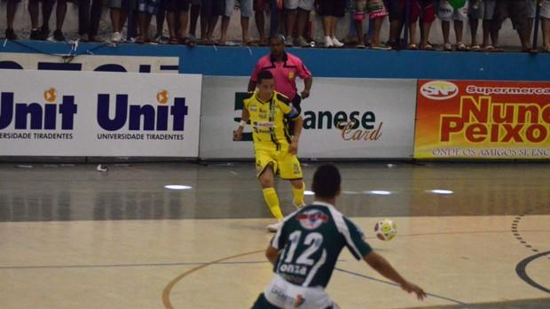 Time de galego venceu por 3 a 1 (Foto: João Áquila/GLOBOESPORTE.COM)