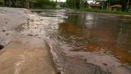 Moradores relatam vazamento de água no Bandeirante