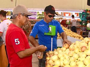 Preço da cesta básica teve queda em Araras (Foto: Reprodução/EPTV)
