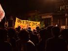 Manifestantes protestam contra a PEC 241, em Belém