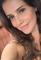 Hairstylist comenta novo visual de Deborah Secco: 'Ela está feliz da vida'
