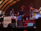 Em show de quase 3 horas, Foo Fighters toca hits em Porto Alegre