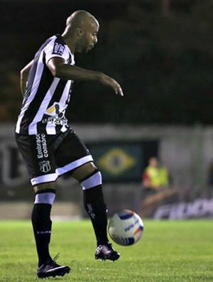 Romário, lateral-esquerdo do Ceará (Foto: Divulgação/Cearasc.com)