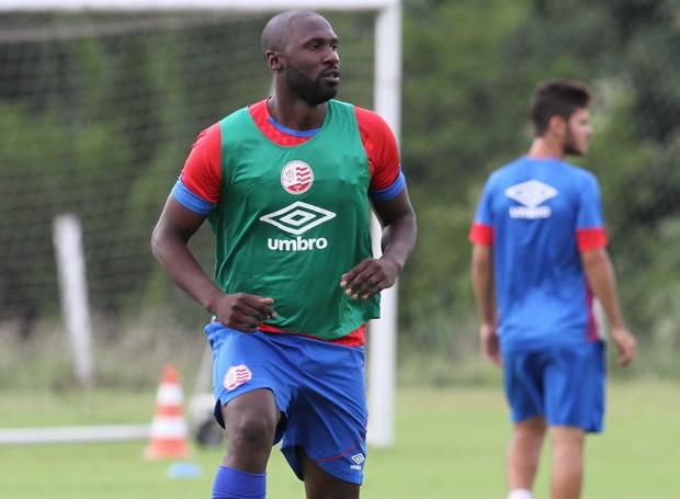 Rodrigo Souza provavelmente fará parte da partida contra Paraná (Foto: Aldo Carneiro / Pernambuco Press)