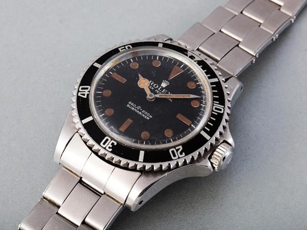 16f4fb75361 Rolex Submariner usado pelo ator Roger Moore no filme de James Bond  Com  007 Viva