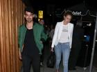 Joe Jonas e Gigi Hadid têm programa romântico