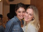 Sophie Charlotte e Fiorella Mattheis prestigiam estreia de peça no Rio