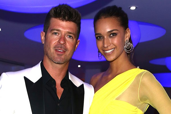 Robin Thicke e April Geary (Foto: Getty Images)