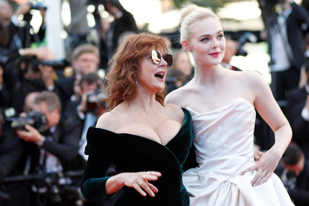 Susan Sarandon e Elle Fanning no Festival de Cinema de Cannes (Foto: Getty)