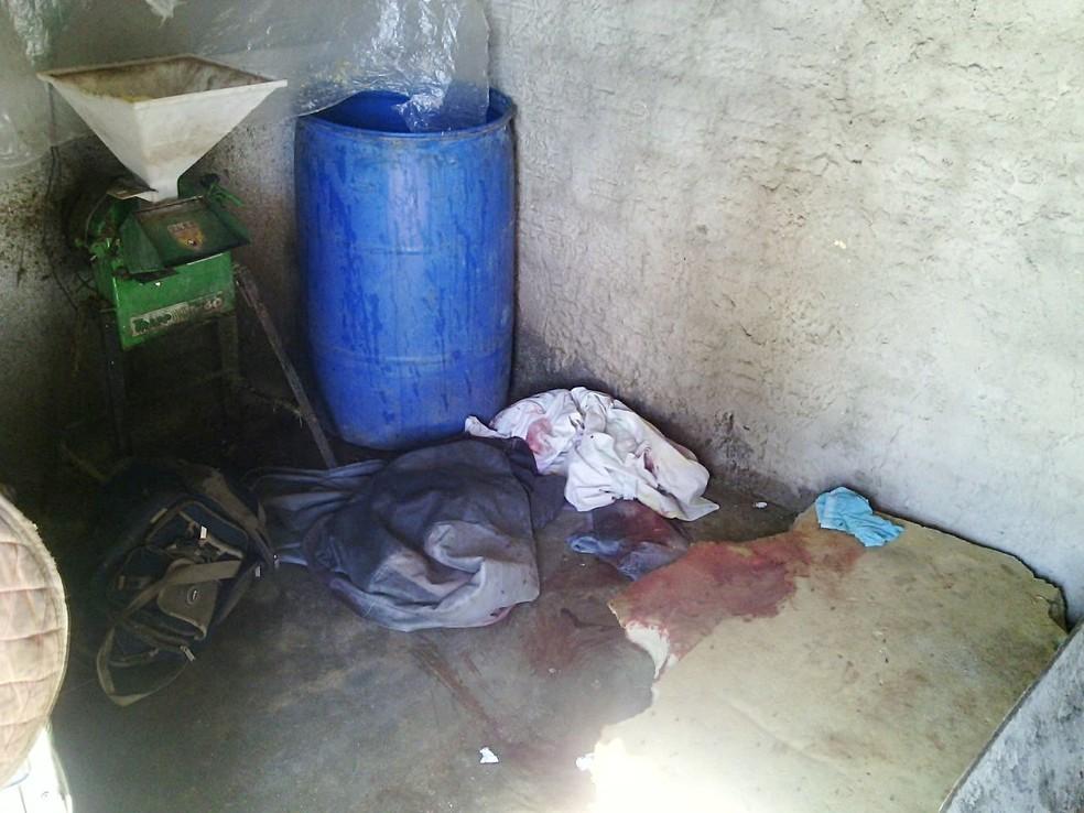 Quarto onde Maria dos Anjos foi morta. Ela dormia ao lado do marido quando foi esfaqueada (Foto: Julianne Barreto/Inter TV Cabugi)