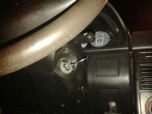 Menor usou tesoura para acionar ignição de carro (Foto: Polícia Militar/Divulgação)