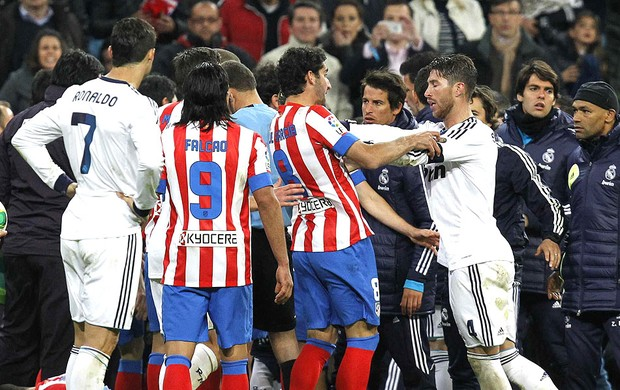Sergio Ramos confuso Real Madrid Atletico de Madri (Foto: EFE)