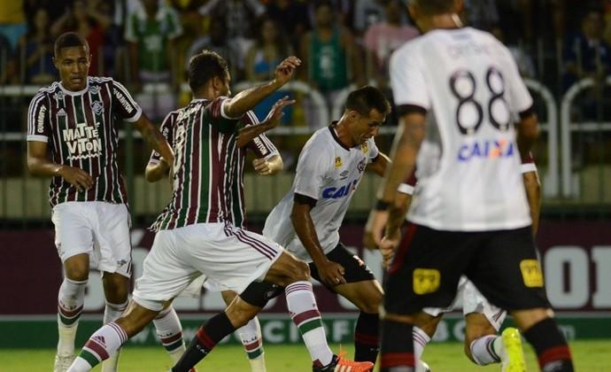 Al�m da ta�a: Flu e Furac�o disputam R$ 500 mil de pr�mio na Primeira Liga