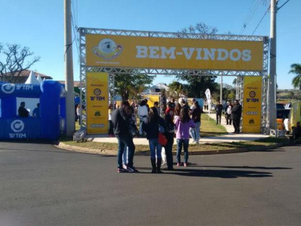 Evento, realizado pela TV TEM, teve início às 9h deste domingo (17) (Foto: Mariana Bonora/G1)