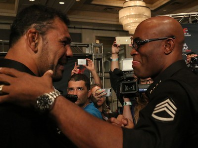 Minotauro, Anderson Silva e Nick Diaz, UFC 183 (Foto: Evelyn Rodrigues)
