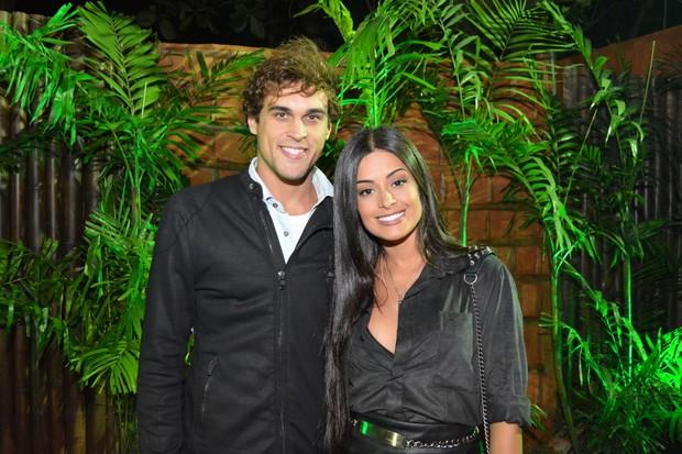 Felipe Roque e Aline Riscado em show no Rio (Foto: Rodrigo Mesquita / Divulgação)
