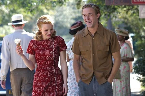 Rachel McAdams e Ryan Gosling em 'Diário de uma Paixão' (2004) (Foto: Reprodução)